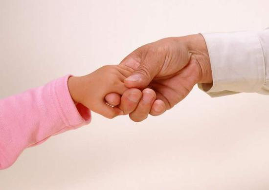 Gov't mulls extending age restriction to married adopters