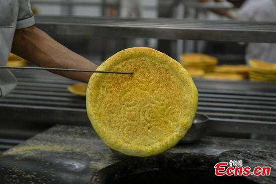 Xinjiang traditional food 'Nang' boosts development