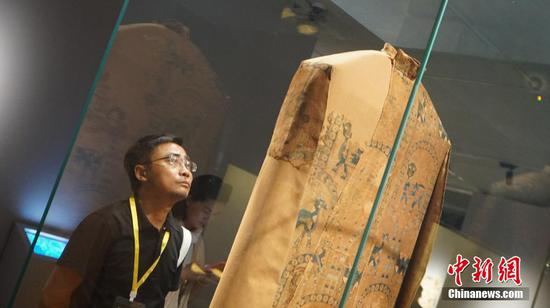 World's first exhibition on Tibetan culture along the Silk Road opens in Dunhuang