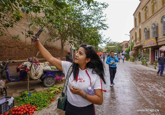 Kashgar receives over 310,000 tourists in 1st half of 2019