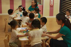 China drafts new regulations to improve childcare agencies