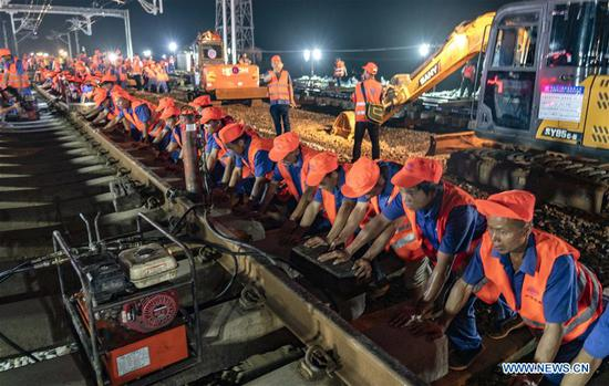 Nanchang-Ganzhou high-speed railway formally joins China's high-speed rail network
