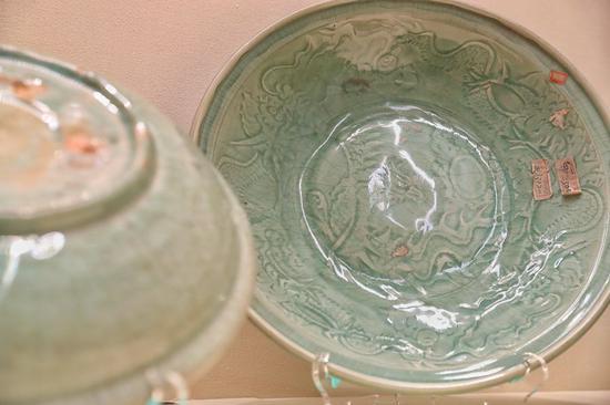 在故宫博物院展览中展出龙泉青瓷