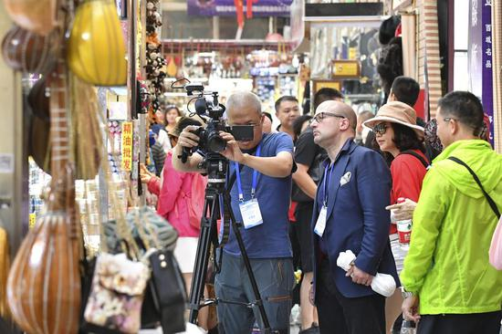 Journalists from 24 countries visit Xinjiang