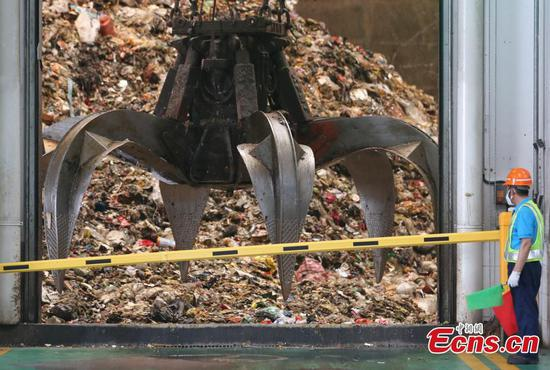 Turing trash into electricity in Shanghai