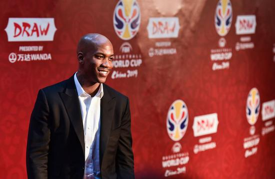 File photo: Stephon Marbury reacts before the draw ceremony of 2019 FIBA Basketball World Cup in Shenzhen, south China's Guangdong Province, March 16, 2019. (Xinhua/Mao Siqian)