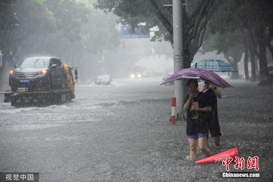 Super typhoon Lekima causes storm in Zhejiang Province, Aug. 10, 2019. (Photo/VCG)