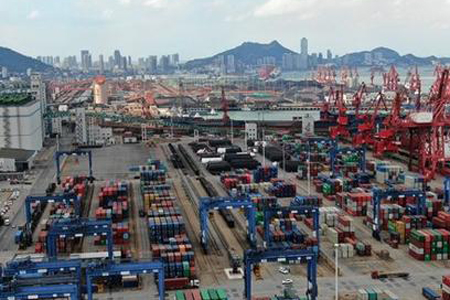 China to build western land-sea freight passage by 2025