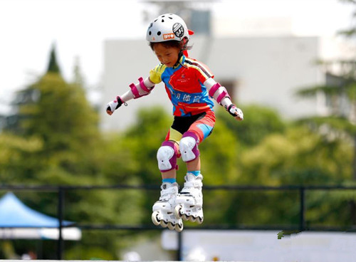 1,000 players compete in Extreme Sports in Henan