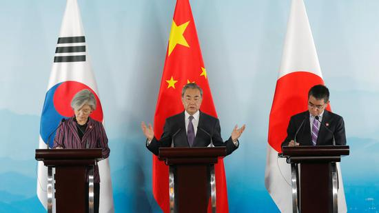 China urges neighbors to take a fair stance on Hong Kong issue