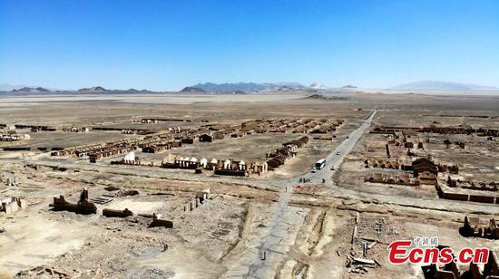 China's deserted oil field Lenghu
