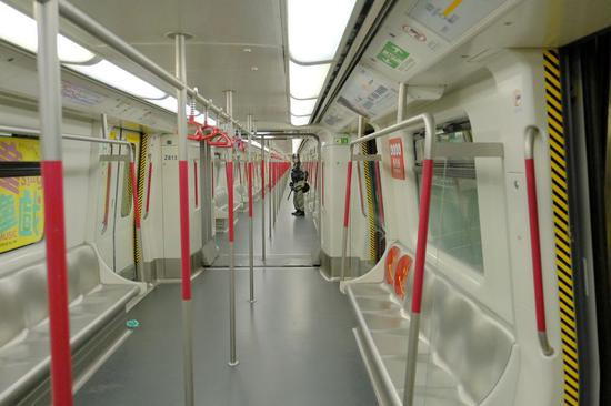 Hong Kong's MTR service at Tung Chung station is suspended on Sept. 1, 2019 due to rioters sabotage. (Xinhua)