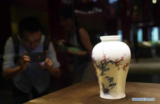 Highlights of botanic-themed exhibition at Palace Museum in Beijing