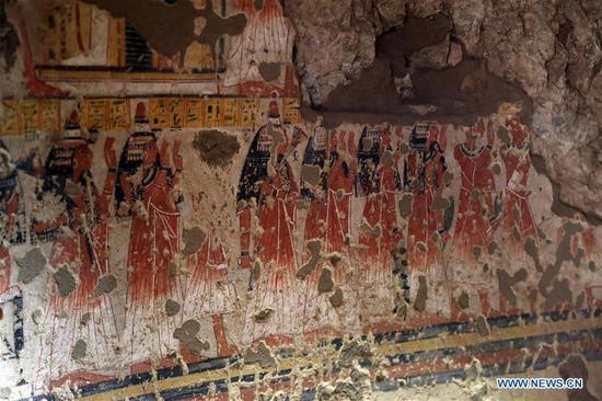 埃及修复后在卢克索为游客开放了两个古墓
