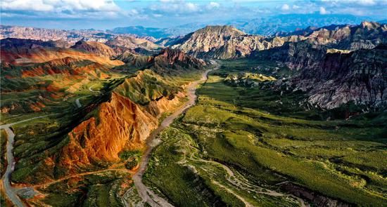 'Alien Valley' a hit in Gansu