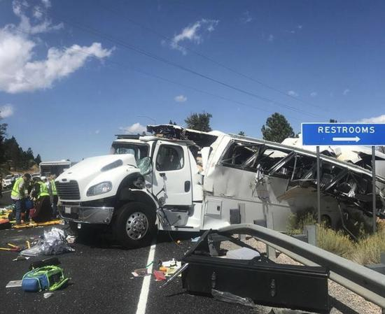 Photo provided by Utah Highway Patrol on Sept. 20, 2019 shows the bus crash scene near the Bryce Canyon National Park in Utah, the United States. The Chinese embassy in the United States has confirmed the bus that crashed near the Bryce Canyon National Park in the U.S. state of Utah on Friday noon was carrying a Chinese tour group. The crash caused multiple deaths and injuries, the Chinese embassy said in a statement. (Utah Highway Patrol/Handout via Xinhua)