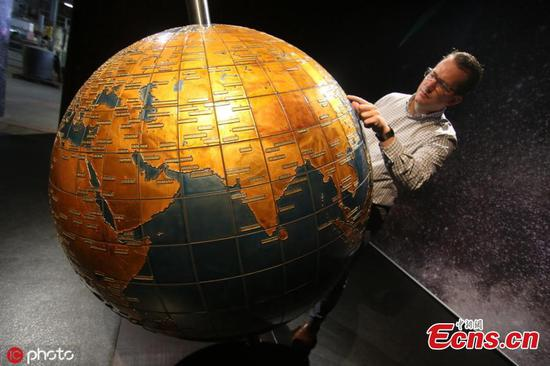 World's largest glass globe exhibited in Germany