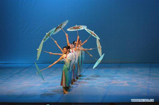 Dancers of China's Suzhou Ballet Theater perform in Ankara, Turkey, on Oct. 2, 2019. China's Suzhou Ballet Theater staged a stunning performance Wednesday in the Leyla Gencer Hall in Ankara. (Photo by Mustafa Kaya/Xinhua)