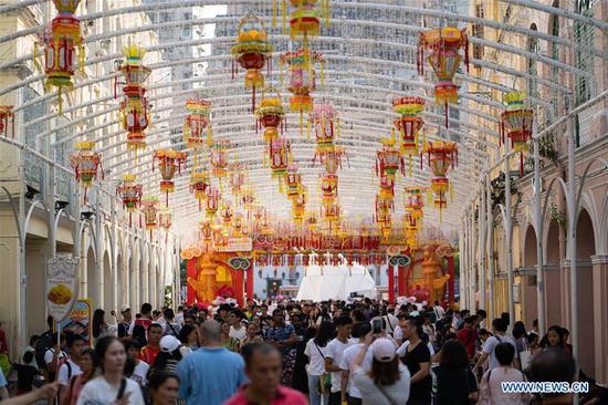People visit the Largo Do Senado during the National Day holiday in Macao, south China, Oct 2, 2019. (Xinhua/Cheong Kam Ka)