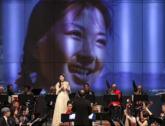 A grand concert featuring Chinese film music in the past 70 years was held in Los Angeles, the United States, on Sept. 19, 2019. (Xinhua/Li Ying)