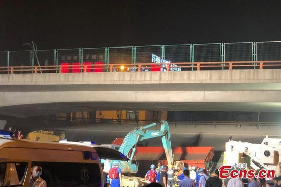 Three killed, two injured after road bridge collapses in E China