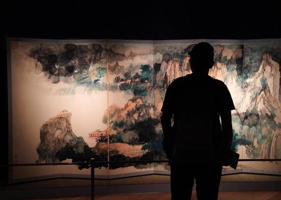 Artworks of Zhang Daqian go on display at HK Sotheby's