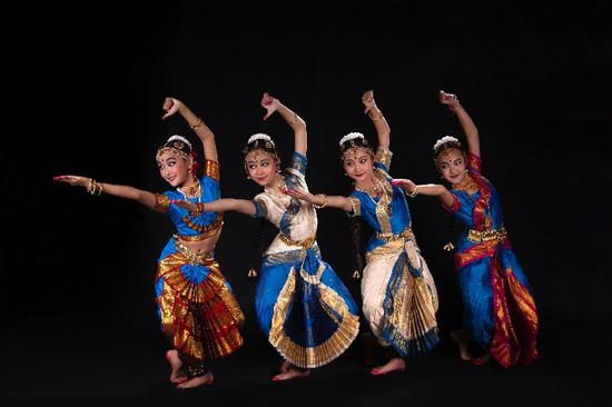 Young Chinese Bharatanatyam dancers perform in a recent show in Beijing. (Photo provided by Jin Shanshan)