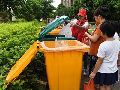 Beijing proposes 200-yuan fine for garbage rule dodgers
