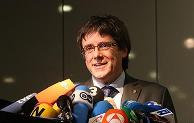 Spain reactivates arrest warrant for former Catalan leader Puigdemont