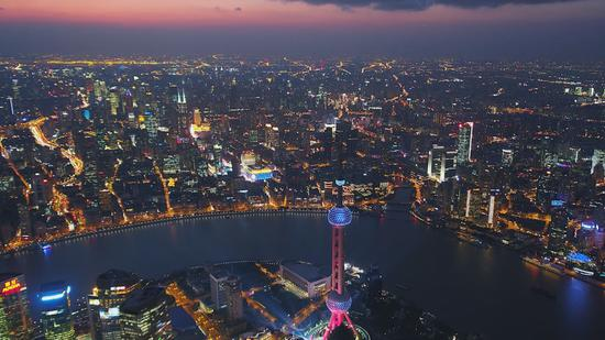 Global CEOs gather in Shanghai to advise city Mayor