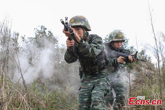 Armed police undergo intensive training in Guizhou