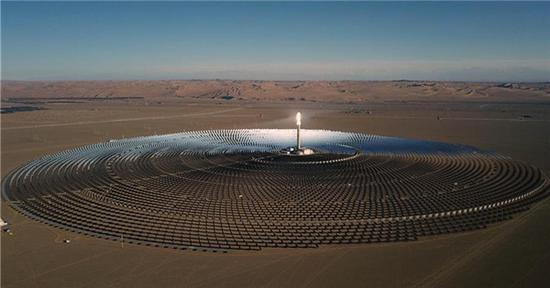 Aerial photo of heliostats of molten-salt solar thermal power plant in Gansu