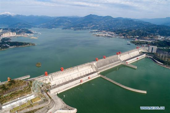 175-meter experimental impoundment of Three Gorges comes to end