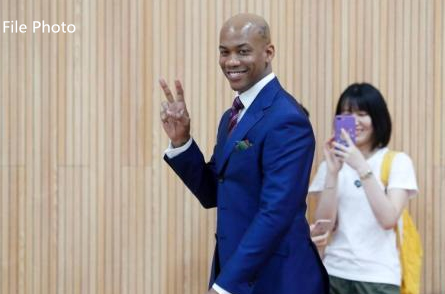 Stephon Marbury: From 'Lone Wolf' to leader and head coach