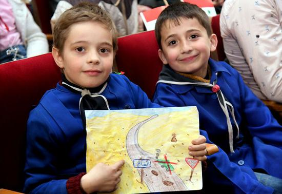 Young Syrians attend an awareness session about the danger of the conflict leftovers such as land mines in Damascus, capital of Syria, on March 7, 2019.(Xinhua/Ammar Safarjalani)