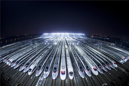 Fuxing bullet trains join in parcel delivery during 'Double Eleven'