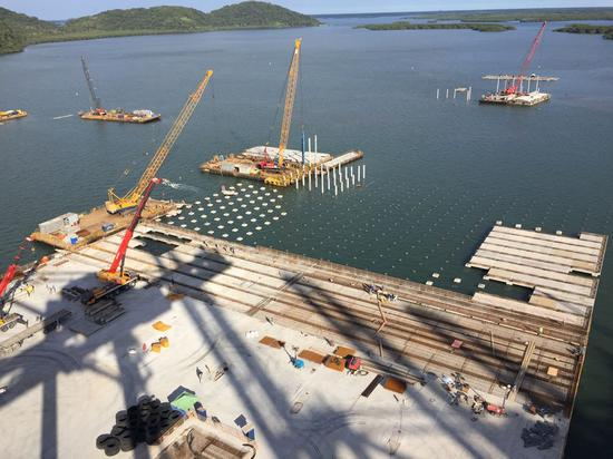Photo taken on Aug. 27, 2018 shows the site of the ongoing expansion work at Paranagua Container Terminal (TCP) in Paranagua, Brazil. China Merchants Port acquired a 30-year concession for 90 percent of the TCP. (Xinhua/Peng Hua)