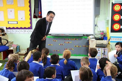 New round of math teacher exchange draws record number of UK educators