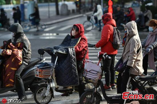 冷锋袭击了许多中国城市