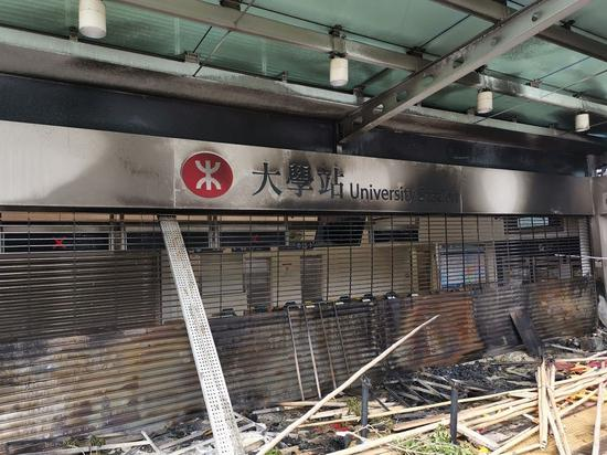 Roads blocked, train services suspended in Hong Kong as rioters disrupt traffic for 3rd day
