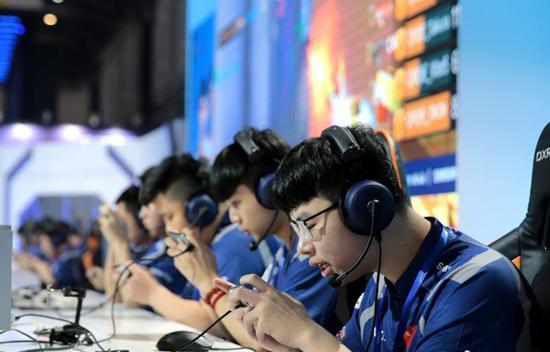 China esports market surpasses 100 billion yuan
