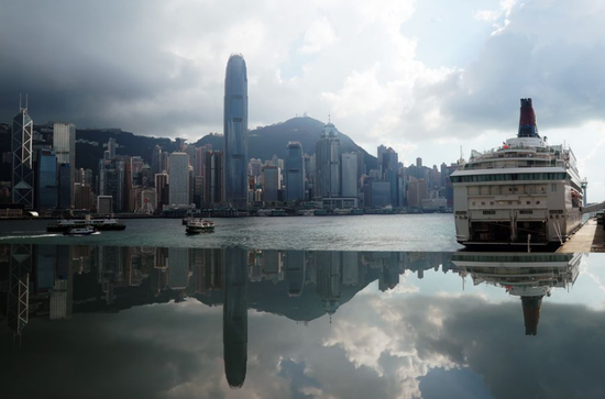 Unrest causes over 2 pct GDP slip in Hong Kong: official