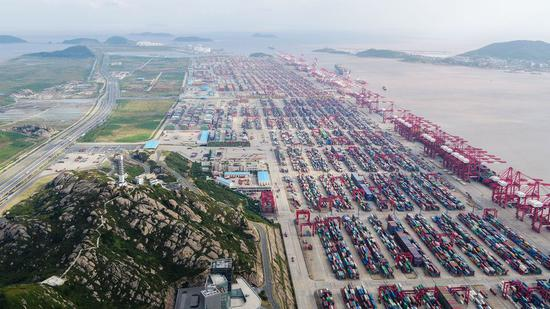 The Yangshan Deep Water Port of east China's Shanghai, Oct. 16, 2019. (Xinhua/Ding Ting)