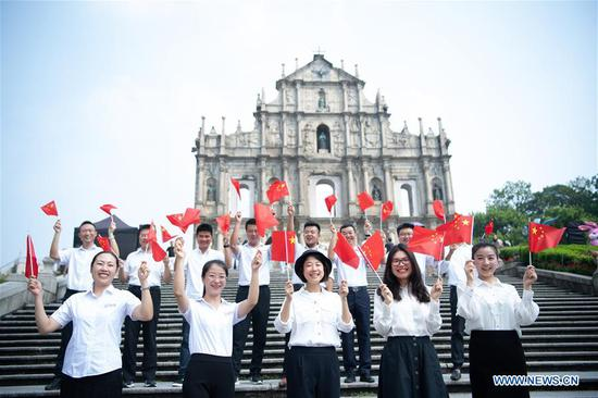 Festive mood prevails in Macao for anniversary day