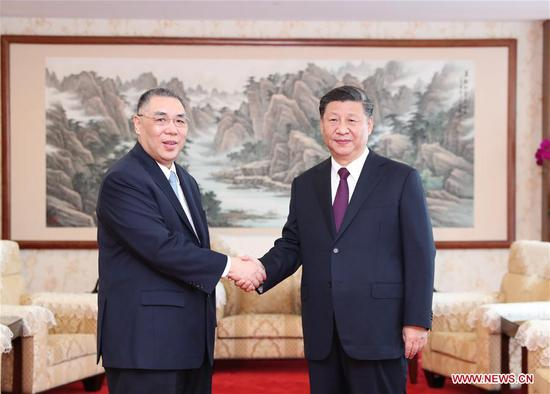 President Xi meets Macao SAR chief executive