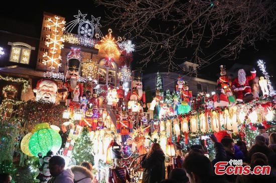 纽约布鲁克林戴克高地的圣诞村