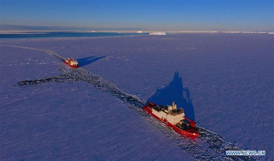 Polar icebreakers Xuelong, Xuelong 2 to conduct scientific researches in Southern Ocean