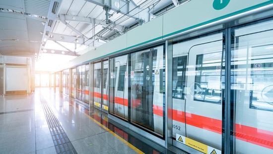 Urban rail heralds smart metro era for Yangtze River Delta