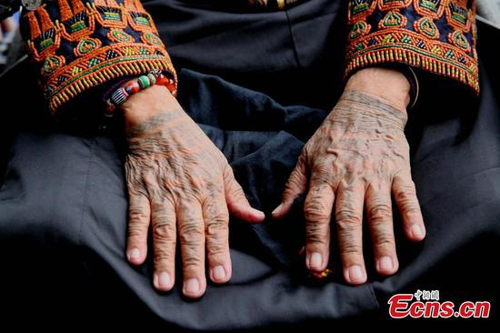 Hand tattoo tradition of Taiwan's ethnic group calls for preservation