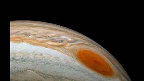 NASA spacecraft visits Jupiter